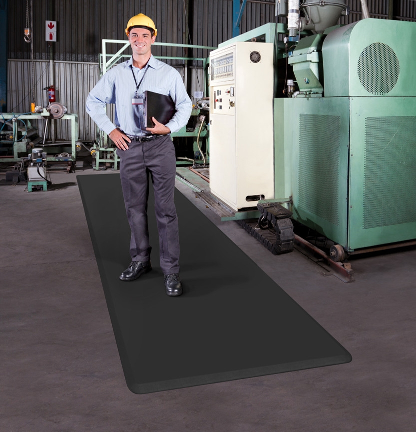 EcoLast Continuum Standing Mat in an industrial workspace