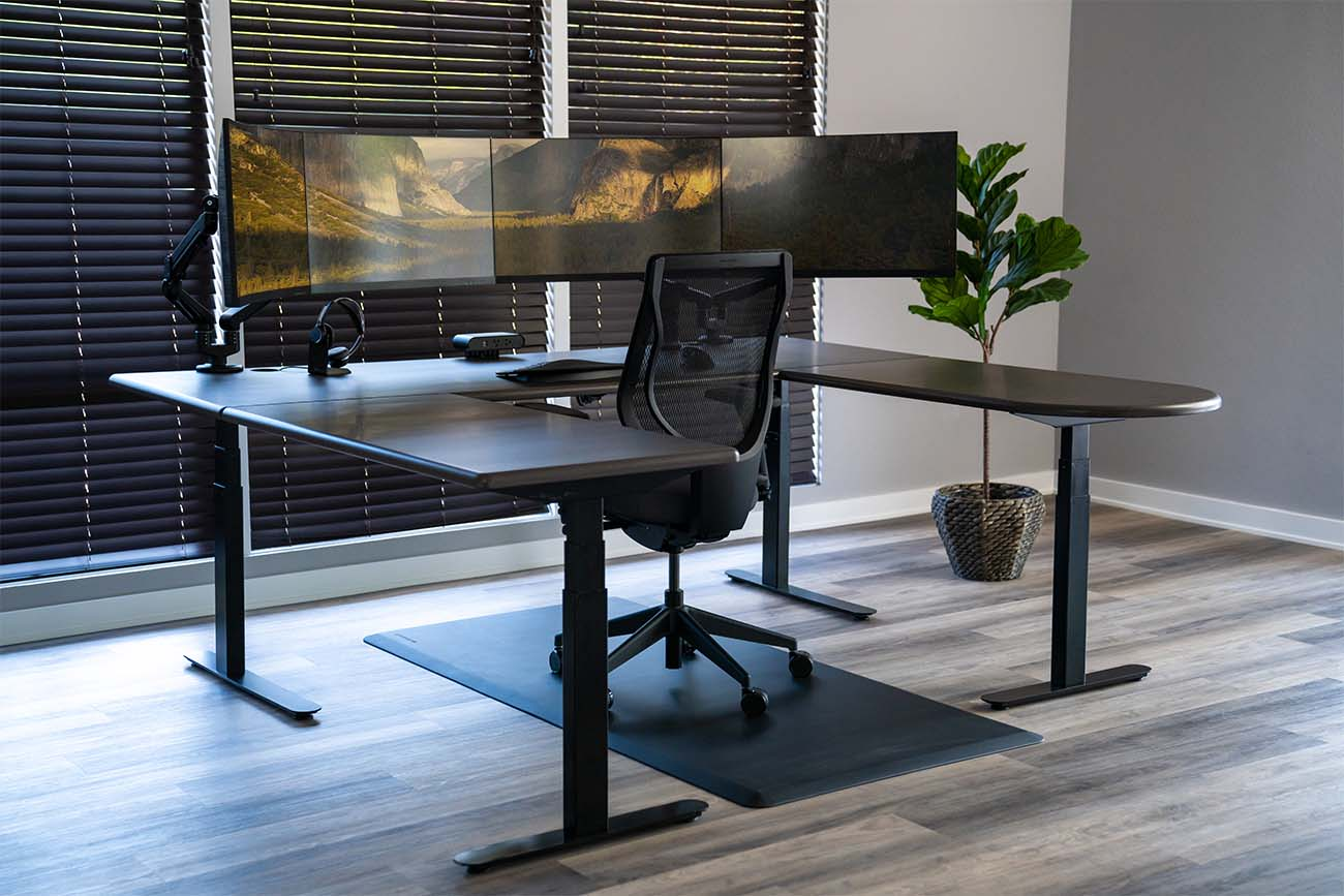 The Lander U-Desk