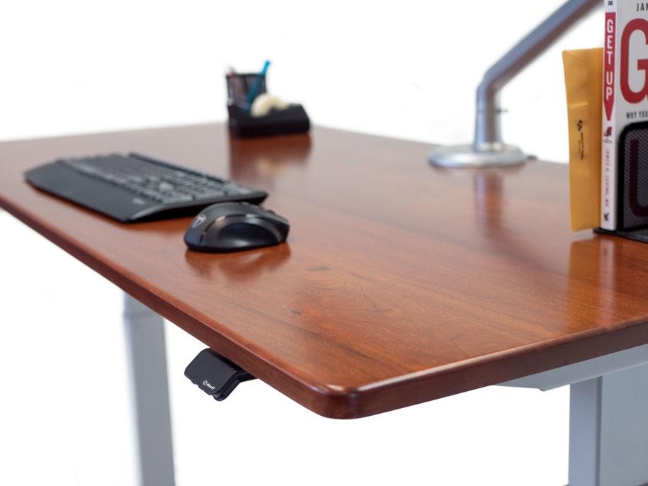 Solid Wood Lander Lite Hand Controller Highlight