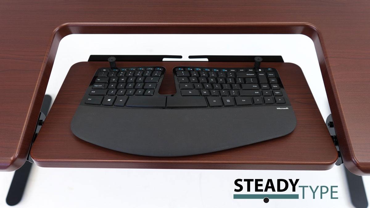 SteadyType on Clove Mahogany desktop