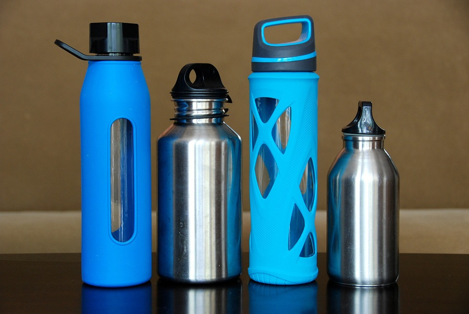 water bottles help you stay hydrated throughout the day